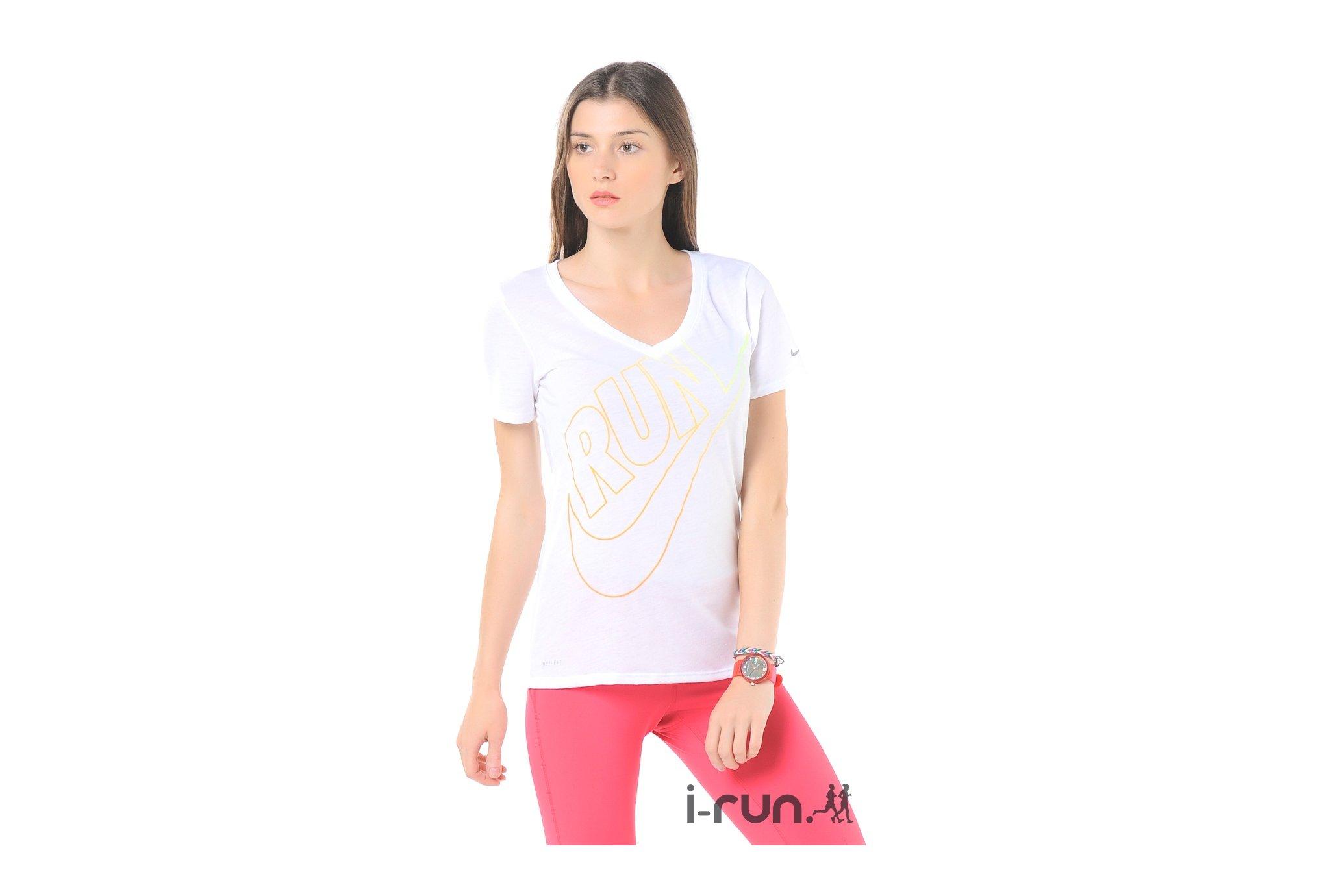 Nike Tee-shirt Run Swoosh W Diététique Vêtements femme