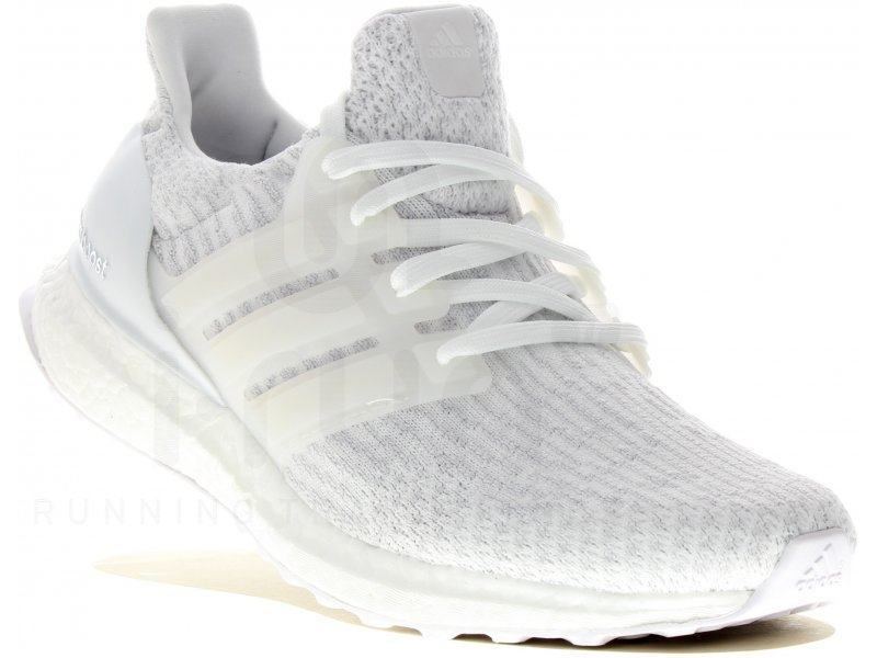 adidas UltraBOOST W pas cher - Chaussures running femme running Route & chemin en promo