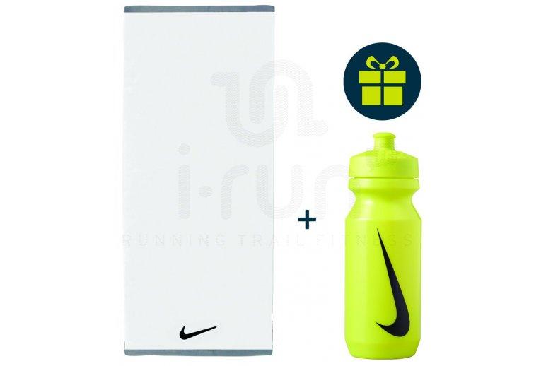 Nike Pack Fundamental Towel - L + Big Mouth 2.0 650mL