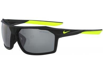 Nike Traverse